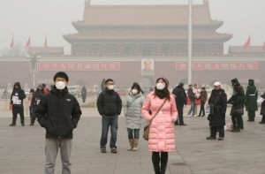 china-pollution-people-masks-greenpeace