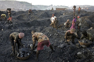 india-top-court-cancels-coal-licences