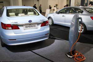 china-EV-charging-vehicles