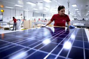 India-solar-panel-manufacture-worker