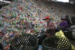 China-plastic-bottle-pollution-worst