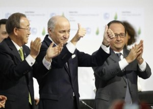 UN-Paris-climate-accord-Fabius-thumbs-up