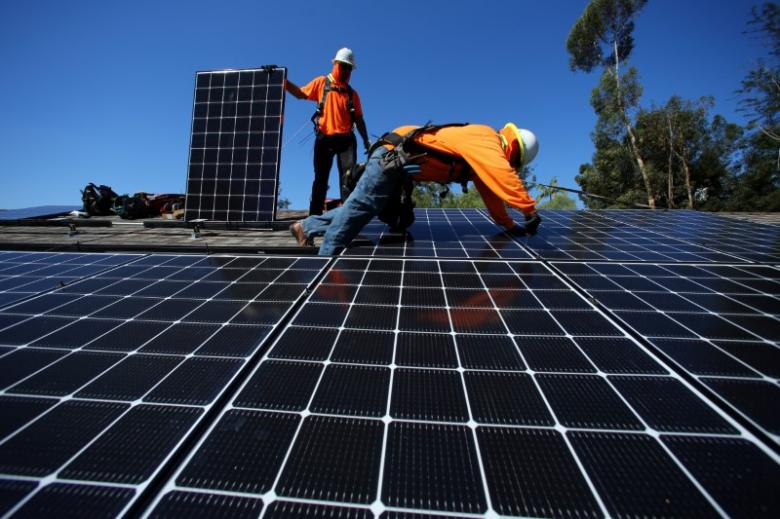 Deloitte study: wind, solar power could overpower US
